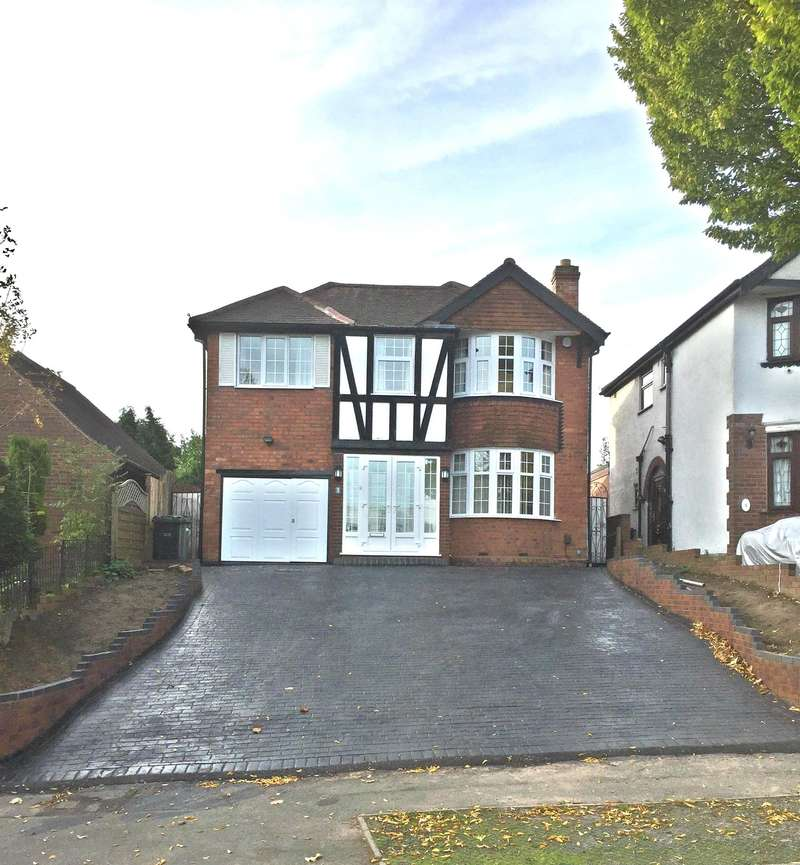 4 Bedrooms Detached House for sale in Himley Crescent, Wolverhampton, WV4 5DA