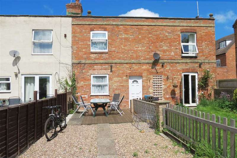 2 Bedrooms Terraced House for sale in Castle Terrace, Sleaford