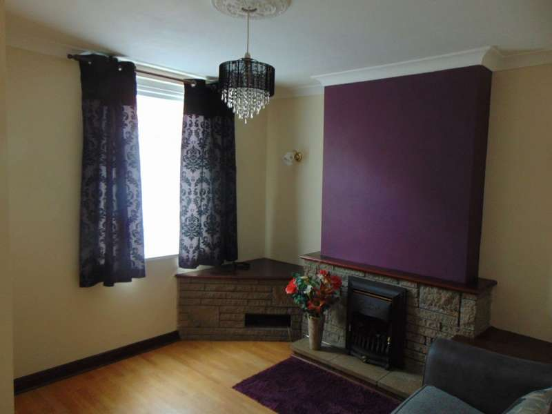 2 Bedrooms Terraced House for sale in Ward Street, Maryport, CA15 7PE