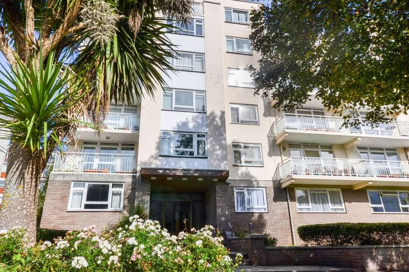 2 Bedrooms Flat for sale in Devonshire Place, Eastbourne, BN21