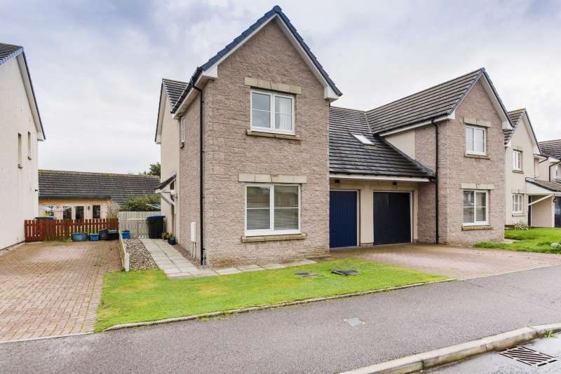 3 Bedrooms Semi Detached House for sale in Hillside Drive, Portlethen, Aberdeen, Aberdeenshire, AB12 4TG