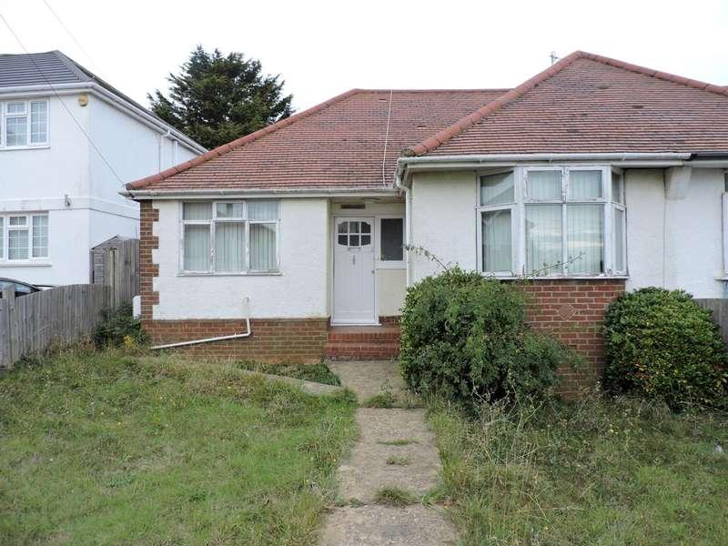 2 Bedrooms Bungalow for rent in Brasslands Drive, Portslade, Brighton
