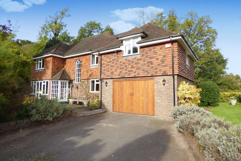 4 Bedrooms Detached House for sale in June Lane, Midhurst, GU29
