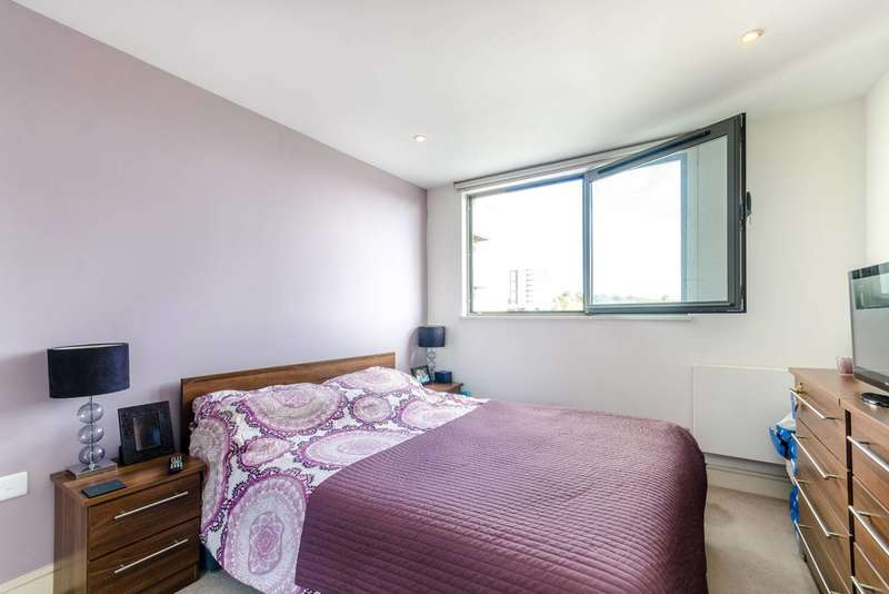 1 Bedroom Flat for sale in Central Apartments, Wembley, HA9