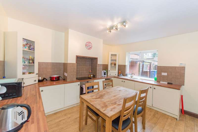 2 Bedrooms Terraced House for sale in Robert Street, Ramsbottom, BURY, BL0