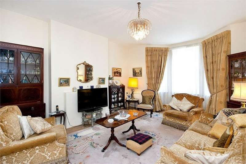 3 Bedrooms Flat for sale in CASTELLAIN MANSIONS, CASTELLAIN ROAD, MAIDA VALE, LONDON