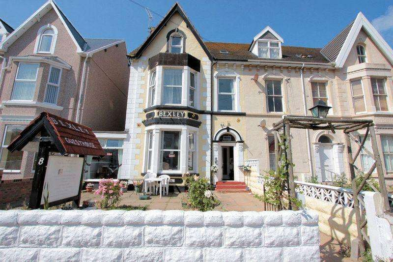 7 Bedrooms Guest House Commercial for sale in Conwy Street, Rhyl