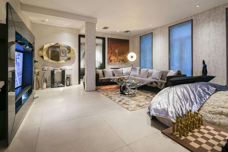 3 Bedrooms Apartment Flat for sale in Aldford House, Park Street, Mayfair, London, W1K