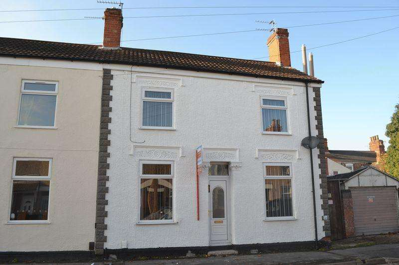 3 Bedrooms End Of Terrace House for sale in Convamore Road, Grimsby