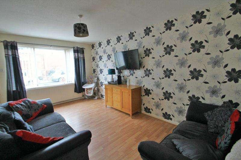 2 Bedrooms Semi Detached Bungalow for sale in Caernarfon, Gwynedd