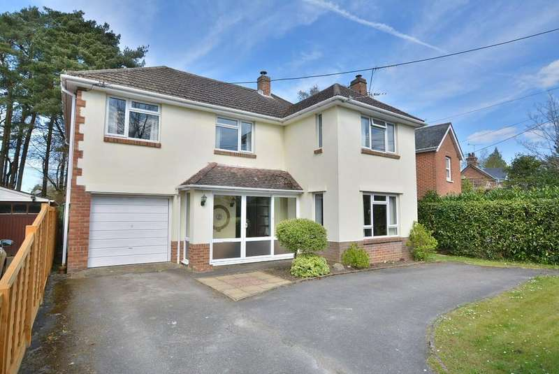 4 Bedrooms Detached House for sale in The Avenue, West Moors, Ferndown