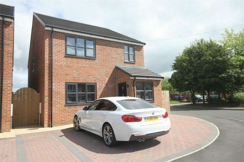 3 Bedrooms Detached House for sale in Pemberton Road, Woodham, Newton Aycliffe, Co Durham