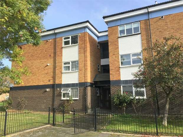 1 Bedroom Flat for sale in Donovan Close, Epsom