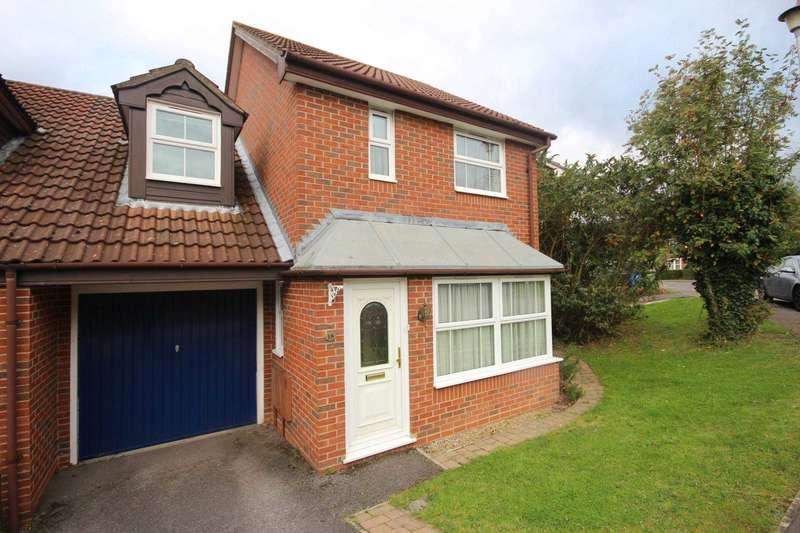 3 Bedrooms Link Detached House for sale in Lammas Mead, Binfield