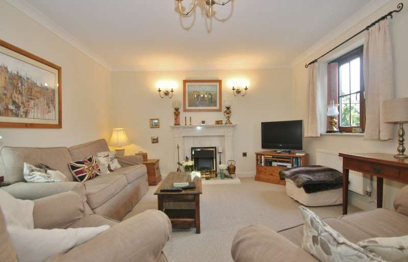 4 Bedrooms Detached House for sale in The Laines, Gorsley, Ross-On-Wye