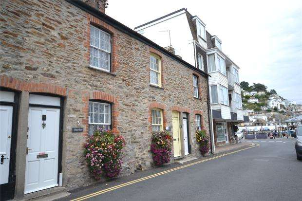 2 Bedrooms Terraced House for sale in New Cottages, West Looe Square, Looe, Cornwall