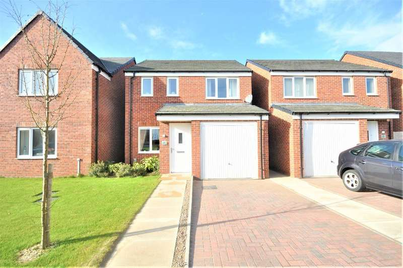 3 Bedrooms Detached House for sale in Christal Avenue, St Annes, Lytham St Annes, Lancashire, FY8 2FB
