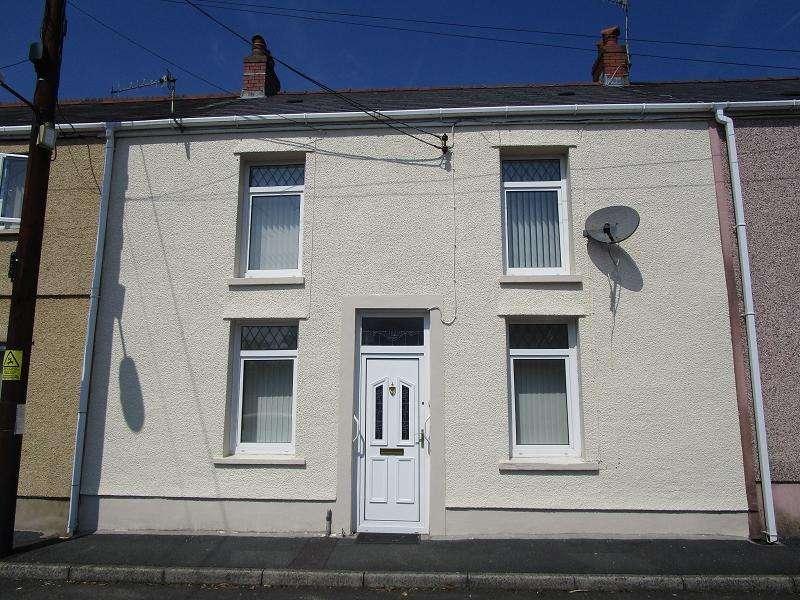 3 Bedrooms Terraced House for sale in Rhestr Fawr , Ystradgynlais, Swansea.