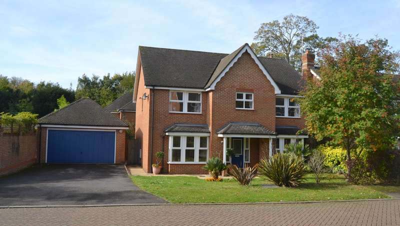 5 Bedrooms Detached House for sale in Leatherhead
