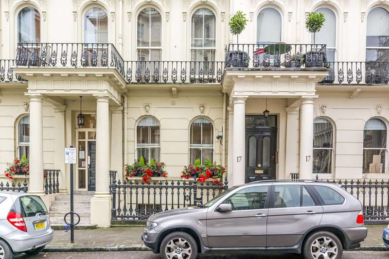 2 Bedrooms Flat for sale in Prince of Wales Terrace, Kensington, W8