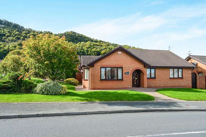 3 Bedrooms Detached Bungalow for sale in Ffordd Tan'r Allt, Abergele, LL22