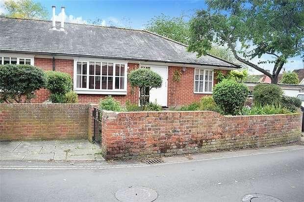 2 Bedrooms Semi Detached Bungalow for sale in School Street, Sudbury, Suffolk