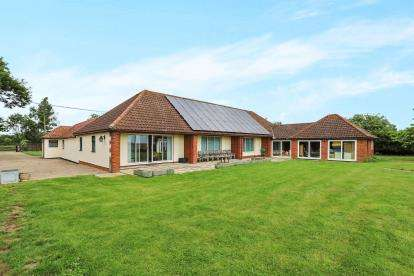 5 Bedrooms Barn Conversion Character Property for sale in Market Weston, Diss, Suffolk