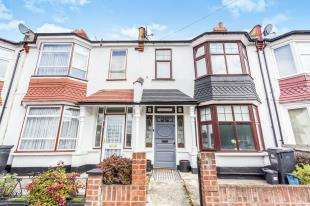 3 Bedrooms Terraced House for sale in Richmond Road, Thornton Heath