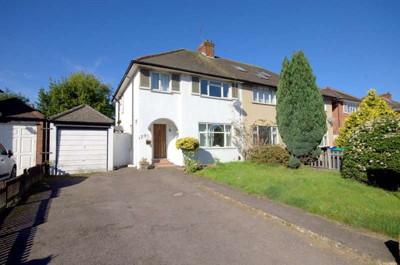3 Bedrooms Semi Detached House for sale in Kingston Vale