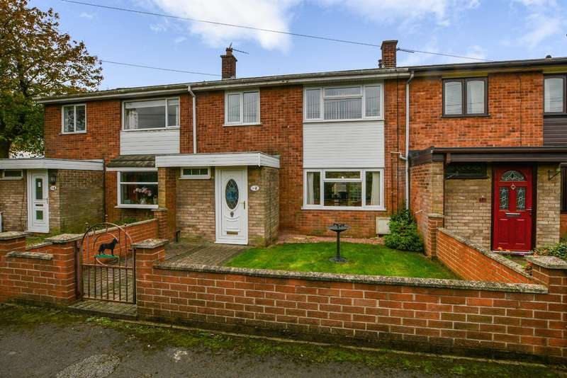 3 Bedrooms Terraced House for sale in Westfield Road, Eggborough, Goole, DN14 0TP