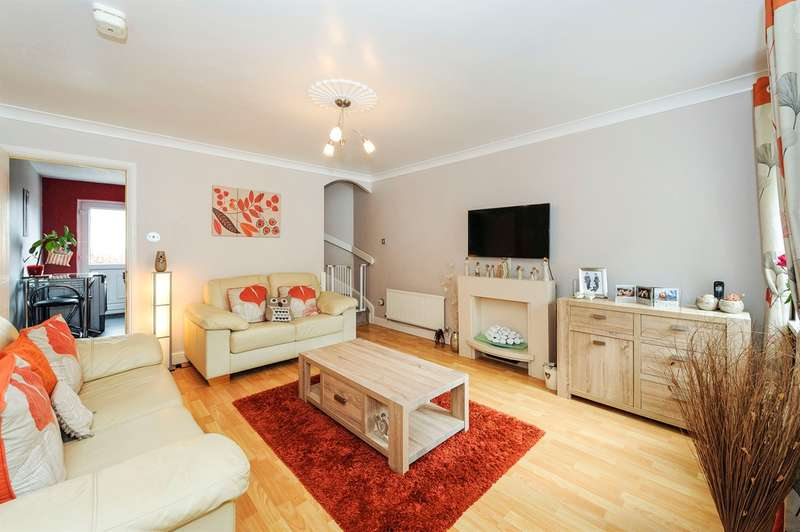 2 Bedrooms Semi Detached House for sale in Parc Tyn-Y-Waun, Llangynwyd, Maesteg
