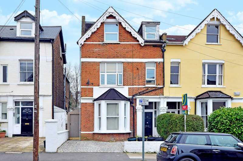 2 Bedrooms Flat for sale in Parkwood Road, Wimbledon, SW19