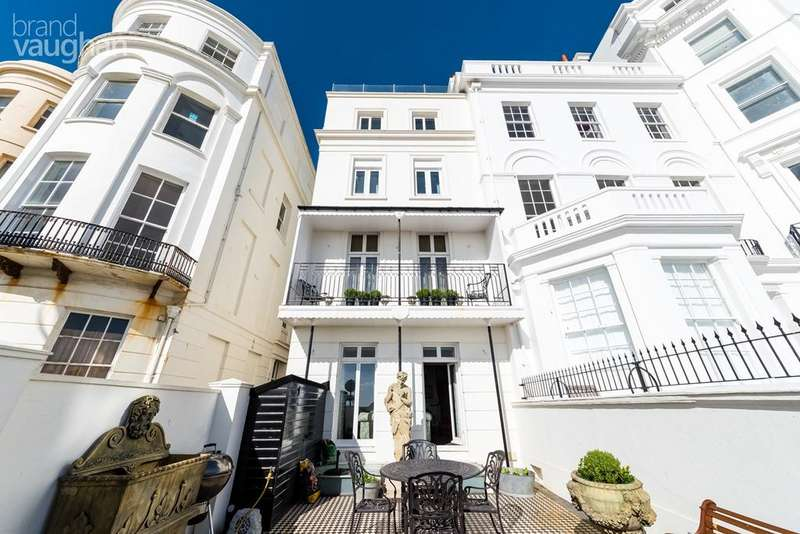 3 Bedrooms Terraced House for sale in Marine Parade, Brighton, BN2