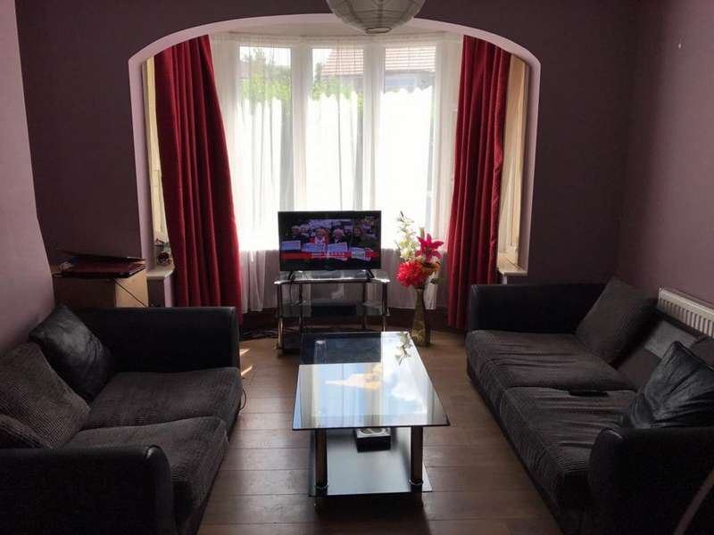 3 Bedrooms House for rent in Clauson Avenue, Northolt, UB5