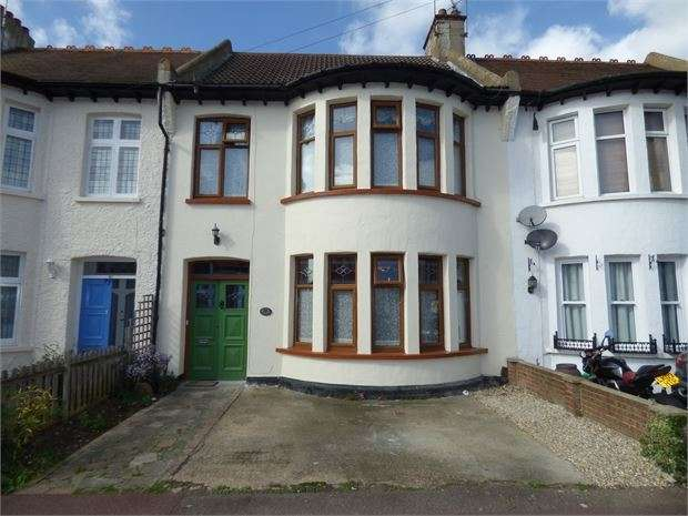 4 Bedrooms Terraced House for sale in Elderton Road, Westcliff on sea, Westcliff on sea, SS0 8AG