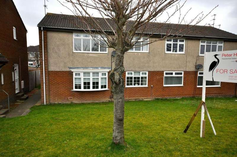 2 Bedrooms Apartment Flat for sale in Priestsfield Close, Chapel Garth, Sunderland