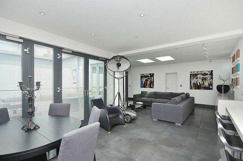 2 Bedrooms Apartment Flat for sale in King Street, Knutsford