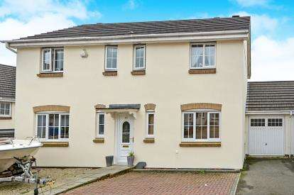 4 Bedrooms Link Detached House for sale in Bodmin, Cornwall, .