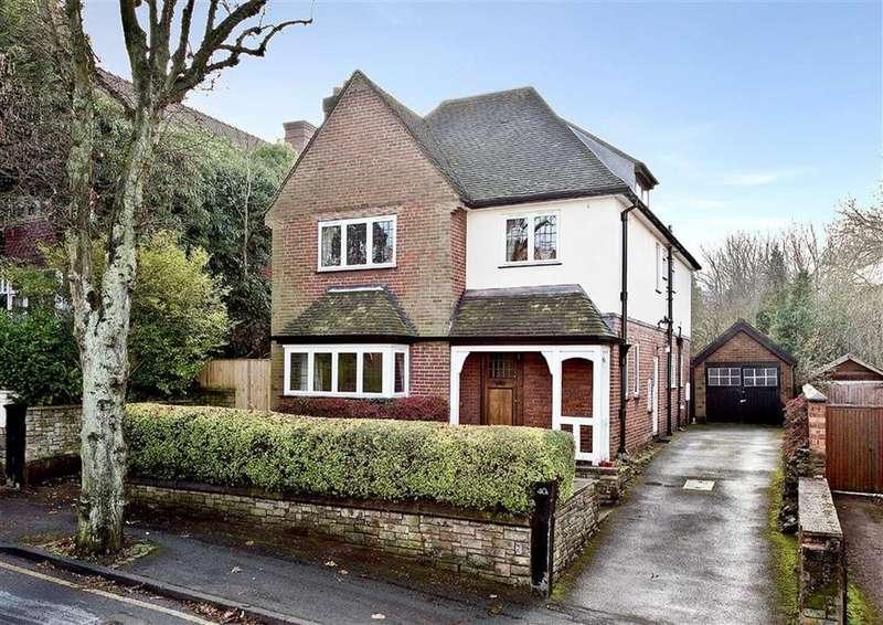 5 Bedrooms Detached House for sale in 40a, Oaklands Road, Penn, Wolverhampton, West Midlands, WV3