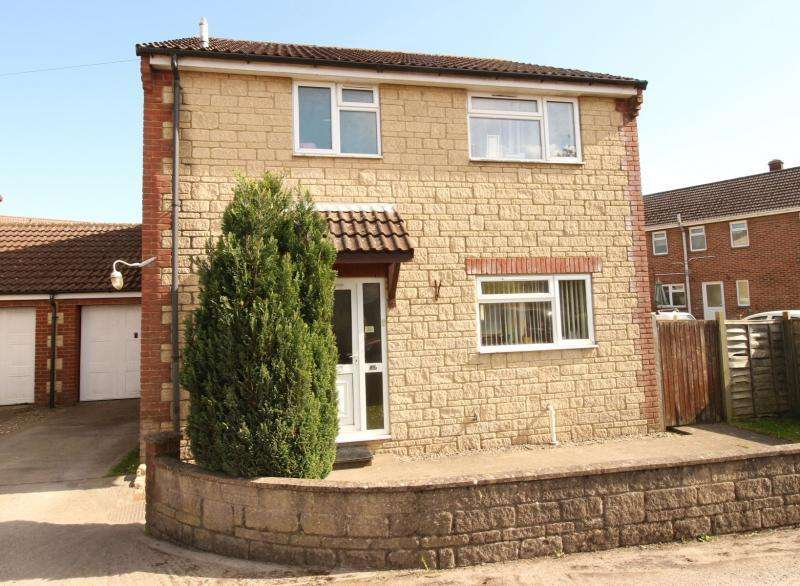 3 Bedrooms House for sale in Pound Street, WARMINSTER, BA12