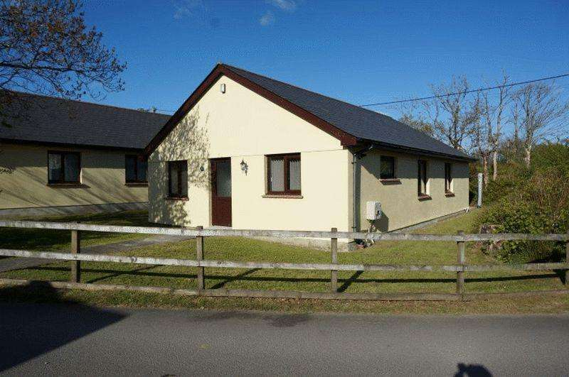 3 Bedrooms Detached Bungalow for sale in Kilkhampton, Bude