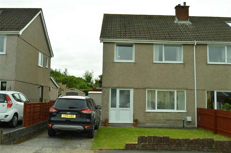 3 Bedrooms Semi Detached House for sale in Penuel Close, Swansea, SA4