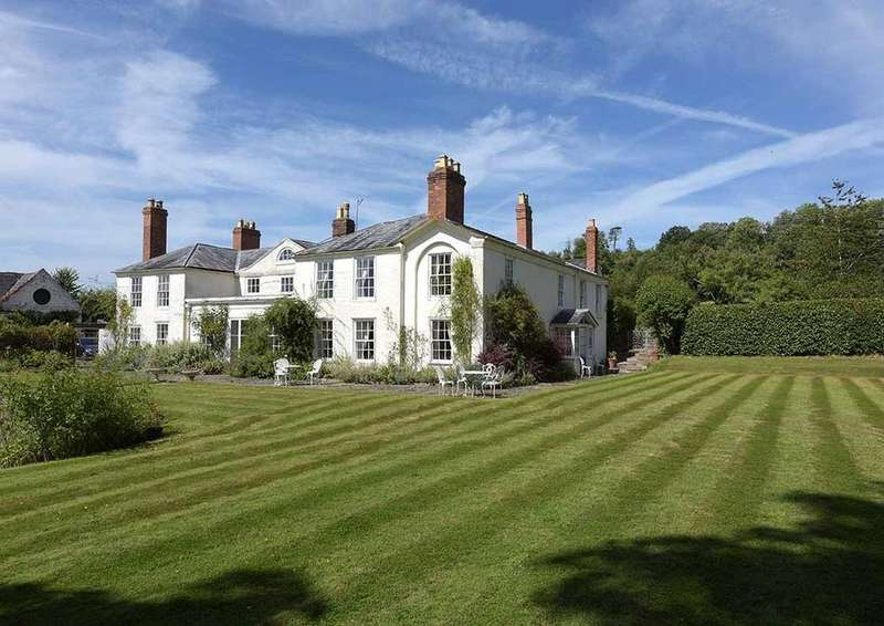 6 Bedrooms Detached House for sale in Hanley Castle, Worcestershire, WR8