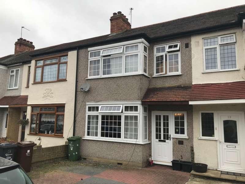3 Bedrooms Terraced House for sale in Gerald Road, Dagenham, Essex