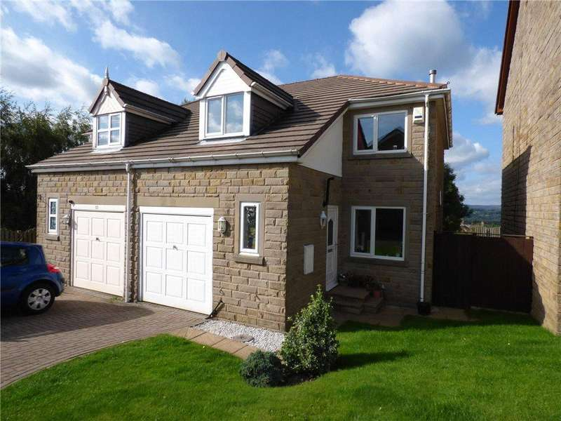 3 Bedrooms Semi Detached House for sale in Low Wood, Wilsden, Bradford, West Yorkshire