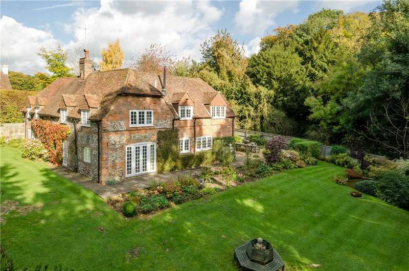 4 Bedrooms Detached House for sale in Maidensgrove, Henley-On-Thames, Oxfordshire, RG9