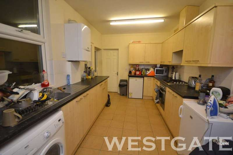 7 Bedrooms Terraced House for rent in London Road, Uni Area