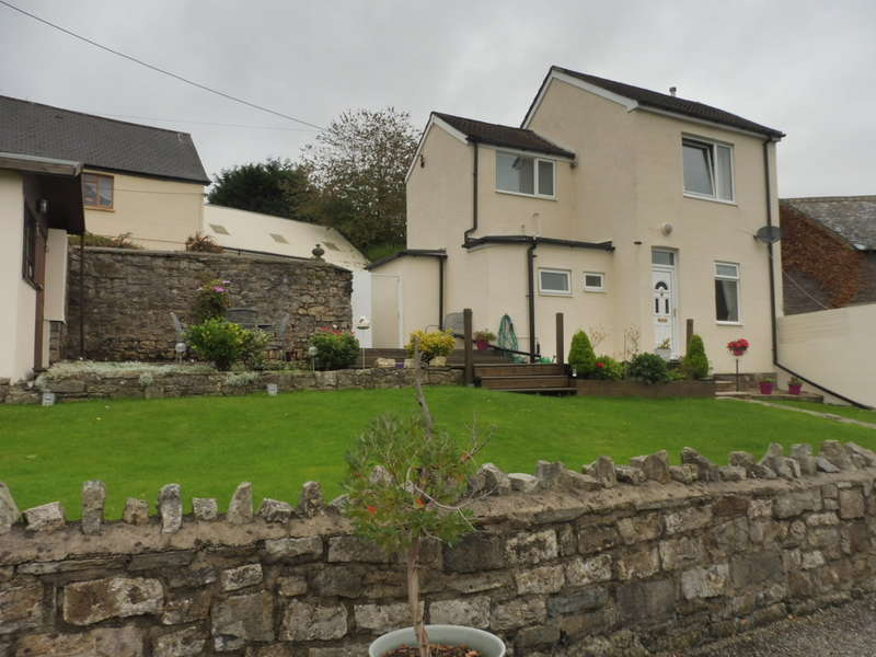 3 Bedrooms End Of Terrace House for sale in Clarence Street, Pontypool