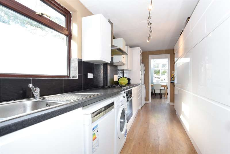 4 Bedrooms End Of Terrace House for sale in Hawes Close, Northwood, Middlesex, HA6