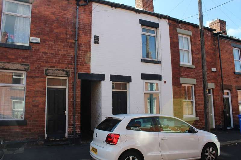 3 Bedrooms Terraced House for rent in Langdon Street